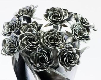 Metal rose bouquet 12 steel forever flowers dozen roses twelve Lovers friends family partner wife spouse husband wedding marriage home decor