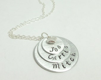 3disc, 3 Layer Names Personalized Mommy necklace, Layered with names and Heart