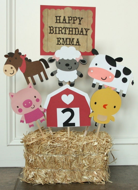 Barnyard farm themed birthday party centerpiece farm for Animal decoration games for girls
