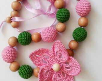 Delicate Nursing Necklace, Teething necklace, Breastfeeding, Fine Motor Skills, Babywearing, Crochet Necklace, Necklace, Baby Shower Gift