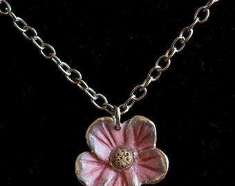 "Sterling Silver Floral Pendant & 18"" Chain"