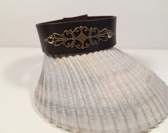 Leather Cuff Bracelet with Filigree Plate and Rivets