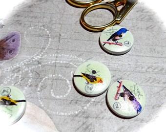4 Wooden Bird Buttons Sewing Supplies Trims RB-161