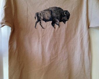 "Men's tan ""Buffalo"" tee"