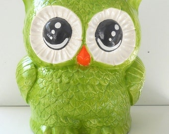 Owl Planter Ceramic X-Large Size Vintage Design in Chartreuse Green Palm Flower Herb Planter Great Owl Lover Gift Utensil Holder