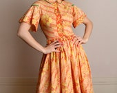 Vintage 1950s Floral Dress - Pastel Creamsicle Orange Flower Novelty Print Cotton Dress - Small Medium