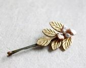 Gold Leaf Hair Pin Pearl Bobby Pin  Bridal Hair Pin