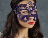 Muse leather mask in violet