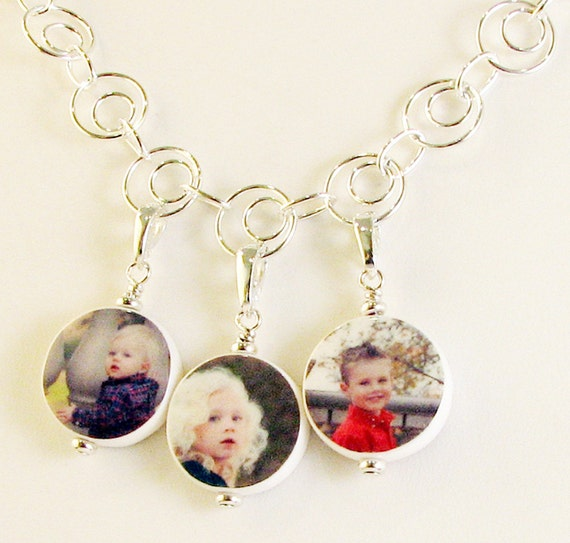 Circles of Sterling Necklace With 3 Round Dangling XSM Photo Charms - P6x3N