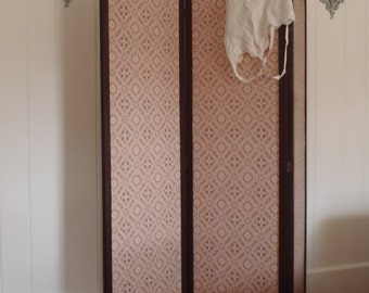 1920s Edwardian Tri-Fold  Dressing Room Privacy Screen Mahogany Wood Paper
