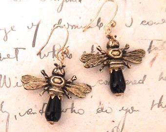 Bee Earring, Bee Jewelry, Honey Bee dangle Earrings, Insect Jewelry, Apilculture