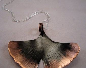 XL Patina Textured Ginko Leaf - Pendant