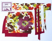 diy wristlet kit - retro style floral wristlet - pre cut fabric with PDF pattern