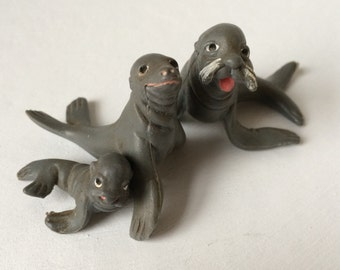 Collectible Seals, Vintage Seal Toys, Three Little Gray Seals, A Family of Seals