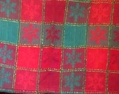 "Vintage Tablecloth / Christmas table cloth / Snowflake pattern design / glitter / Red green / Cotton table cloth / Home decor 54"" x 75"""
