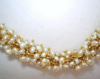 Pearl Necklace Vintage Jewelry Gold Tone Necklace