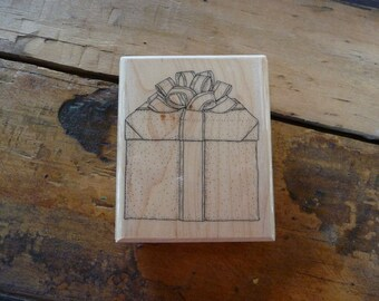 Large GIFT BOX Rubber Stamp Mostly Animals 708-S7