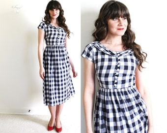 1940s Dress / 40s Dress / 1940s Black and White Gingham Dress