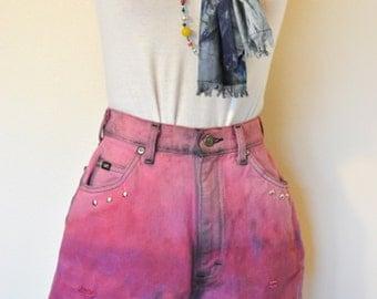 Pink Sz 8 Lee Denim SHORTS - Pink Ombre Dyed Urban Style High Waist Denim Distressed Studded Denim shorts - Size 8 (25 Waist)