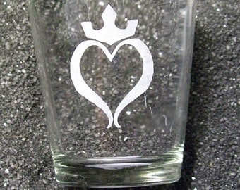 Heart of the Kingdom etched shot glass