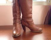 Vintage 1980s Cognac Leather Boots // Zodiac USA // Size 8.5 US Women's // Tall Carmel Brown Boho Folk Rustic Western Slouchy Wooden heel