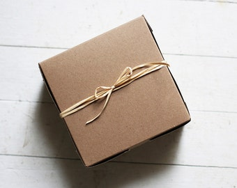 1 Sample box- 6 x 6 x 3  inch  Kraft Cupcake or Gift Boxes