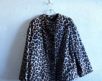 1960s fuzzy leopard swing coat size medium