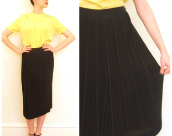 Vintage 1950s Black Midi Skirt / 50s Micropleated High Waisted Skirt / Small