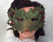 Wild Green Leaf Mask with Autumn Berries