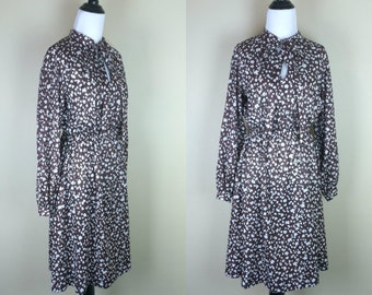 70s Brown Print Dress / 1970s Tie Dress / Long Sleeve Day Dress M