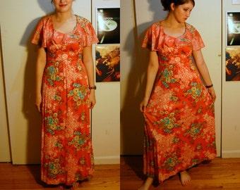 S/M Vintage 70s Long Pink Dress