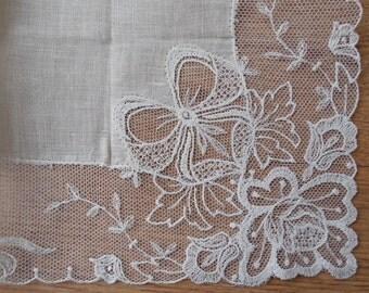 Linen & Austrian Lace Wedding Handkerchief Hankie w/ Bow DesignNew Old Stock NOS