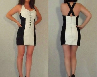 762 XS S Vtg 80s Black and White LEATHER Colorblock Corset Bodycon Bandage Mini Dress