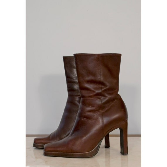 Fashions and Clothes Styles from 50 years what do you remember |1990s Womens Boots