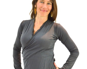 Medium Yoga Wrap Shirt Longsleeve Charcoal Gray