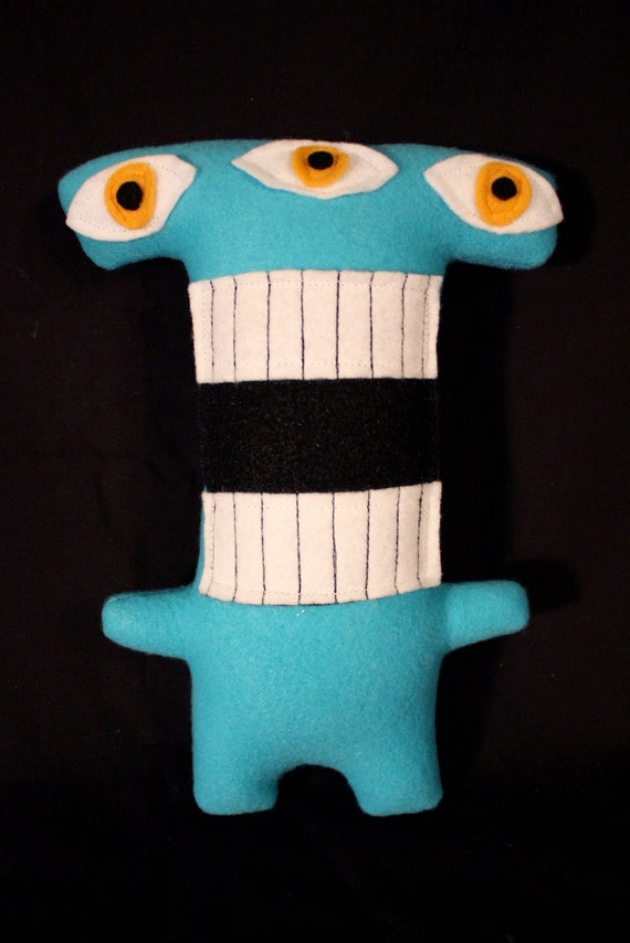 MINI MONSTER Conrad in Blue with Green Eyes