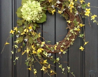Spring Wreath- Summer Wreath- Grapevine Door Wreath Decor Yellow Green Wispy Branches Floral Door Decoration Indoor Outdoor Decor