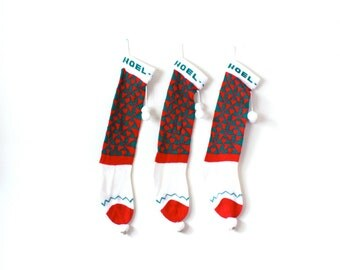 Vintage retro knit set of three christmas stockings // matching stockings // Noel // checkered // red and green // family retro stockings