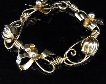 Vintage Bows and Floral 10k Yellow Gold Bracelet Mid Century Estate