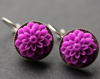Dark Lilac Dahlia Flower Earrings. French Hook Earrings. Lilac Purple Flower Earrings. Lever Back Earrings. Handmade Jewelry.