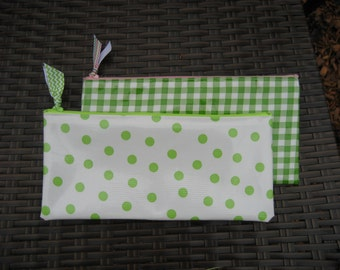 Set of 2 Zippered Oil Cloth Pouches--Green Dot  and Gingham Cosmetic Bags--Purse Organizer--pencil pouch teacher gift