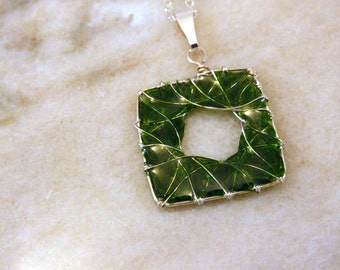 Wire and Resin Green Square Necklace