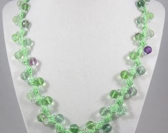 Green glass bead crochet necklace
