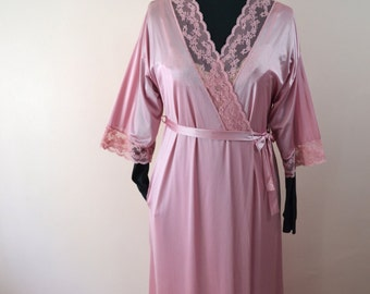 Lace Dusty Rose Long Nylon Robe or Dressing Gown Vintage Lingerie  Modern Size Small Medium VL176