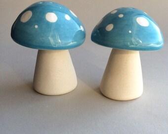 Handmade ceramic mushrooms salt & pepper set