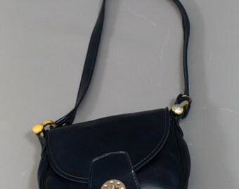 Vintage 1970's 70's VTG Blue Vinyl Saddle Shoulder Bag Boho Purse