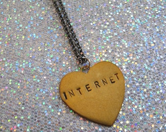 INTERNET  stamped heart necklace