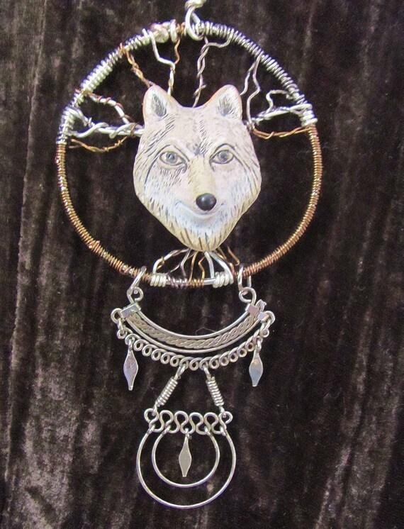 Wolf totem necklace - photo#47