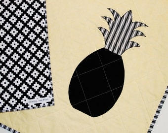 Pineapple Blanket, Modern Baby Quilt Black White and Yellow Baby Shower Gift, Gender Neutral for Boy Girl Free Shipping, Ready to Ship