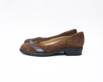 Vintage brown suede women slip on 90s shoes / low heel